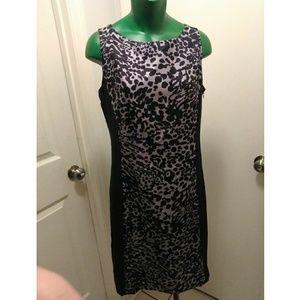 Ann Taylor size 4 Print dress